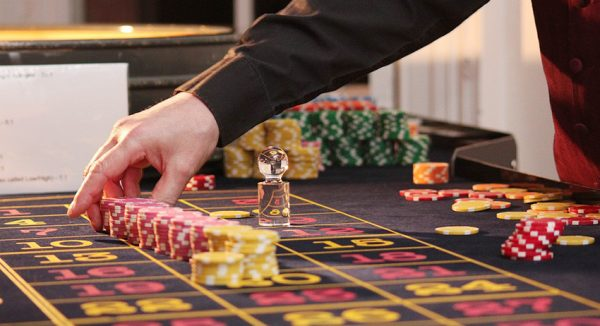 The Bell назвал предполагаемого создателя онлайн-казино Azino777